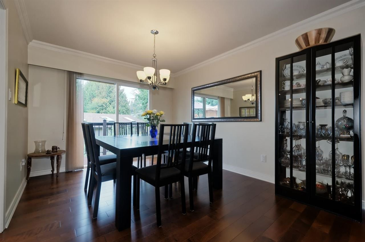 Photo 4: Photos: 610 LIDSTER Place in New Westminster: The Heights NW House for sale : MLS®# R2306437