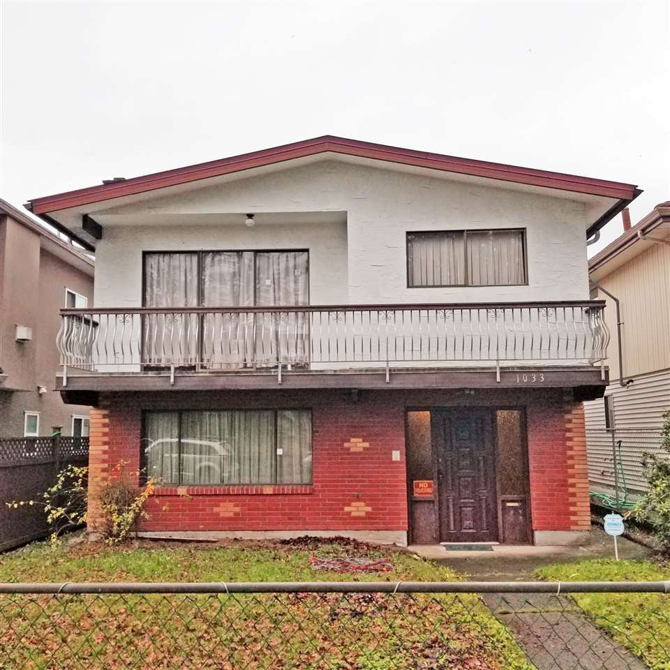 """Main Photo:  in Vancouver: Fraser VE House for sale in """"N"""" (Vancouver East)  : MLS®# R2328449"""