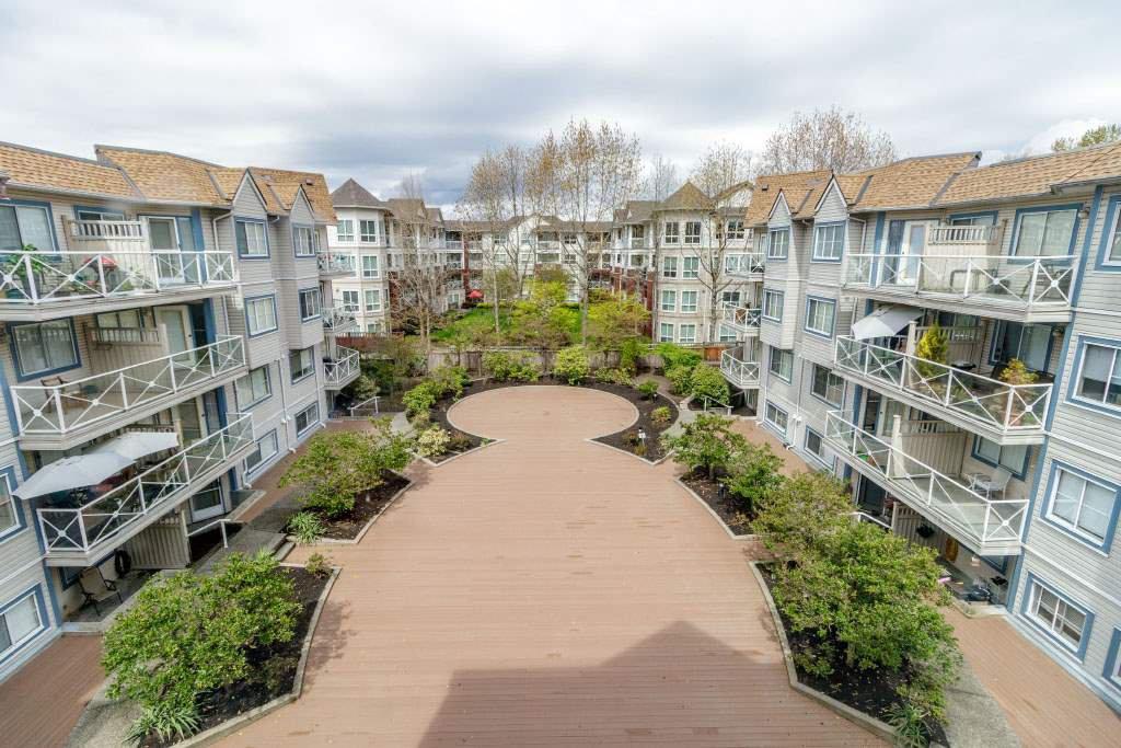 """Photo 12: Photos: 511 12101 80 Avenue in Surrey: Queen Mary Park Surrey Condo for sale in """"SURREY TOWN MANOR"""" : MLS®# R2362565"""