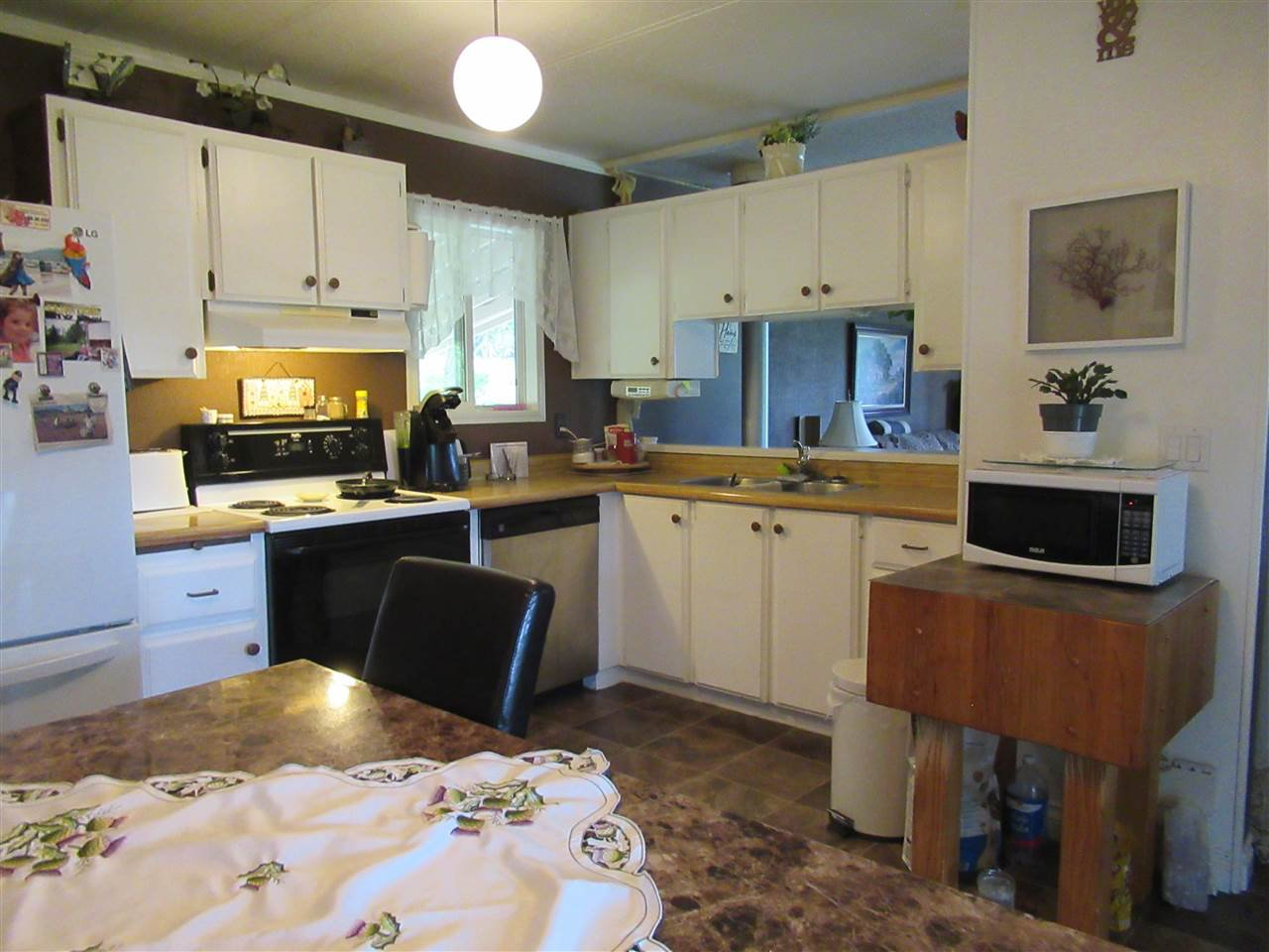 Photo 3: Photos: 1224 DESAUTEL Road in Williams Lake: Williams Lake - Rural East Manufactured Home for sale (Williams Lake (Zone 27))  : MLS®# R2376873