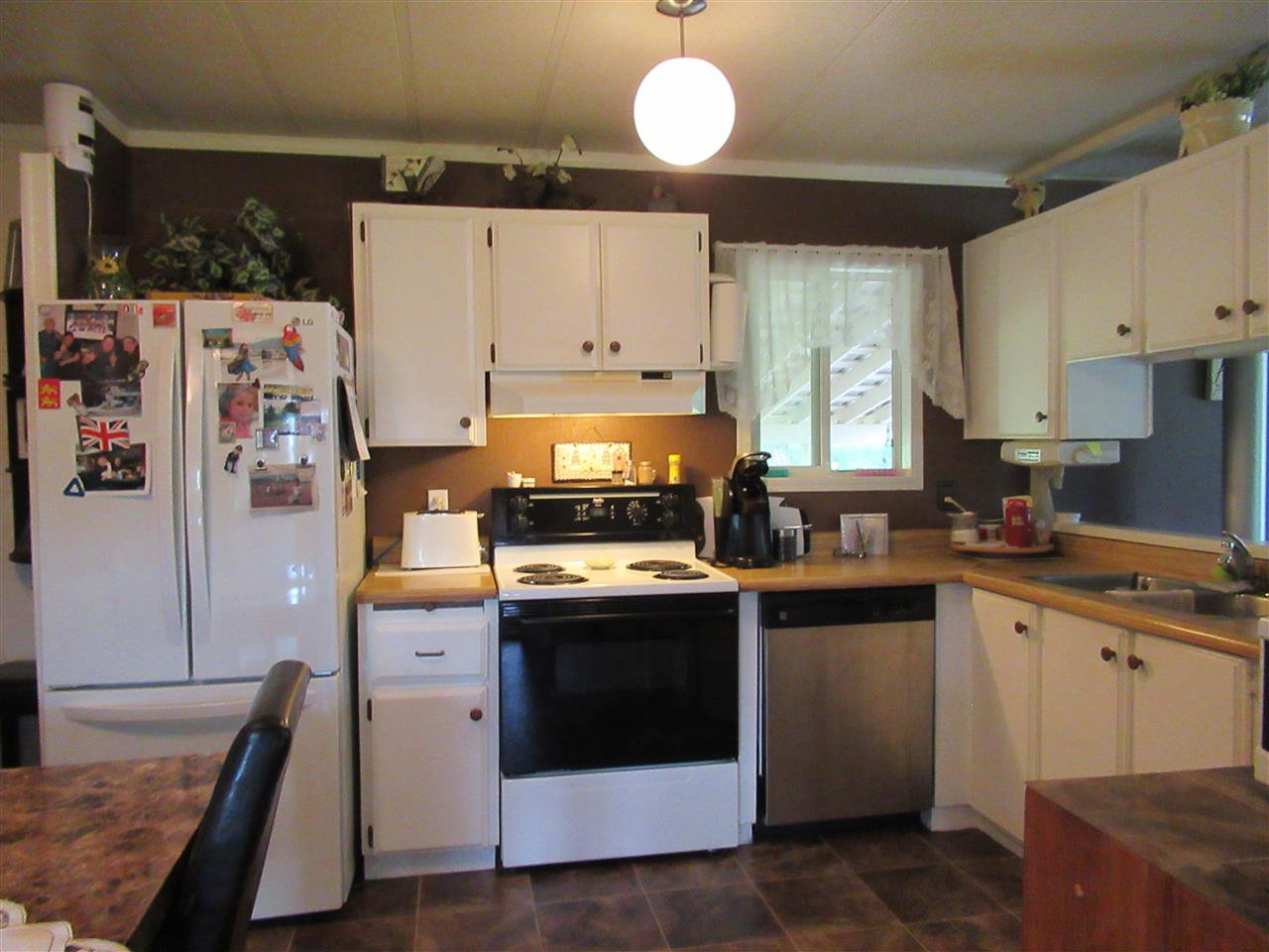 Photo 4: Photos: 1224 DESAUTEL Road in Williams Lake: Williams Lake - Rural East Manufactured Home for sale (Williams Lake (Zone 27))  : MLS®# R2376873