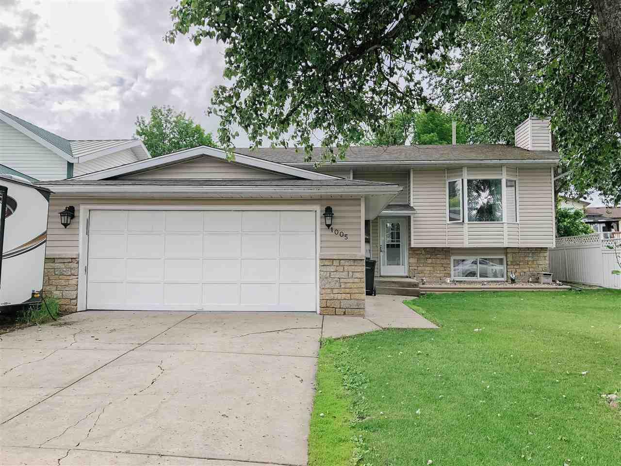 Main Photo: 1005 12 Avenue: Cold Lake House for sale : MLS®# E4162087