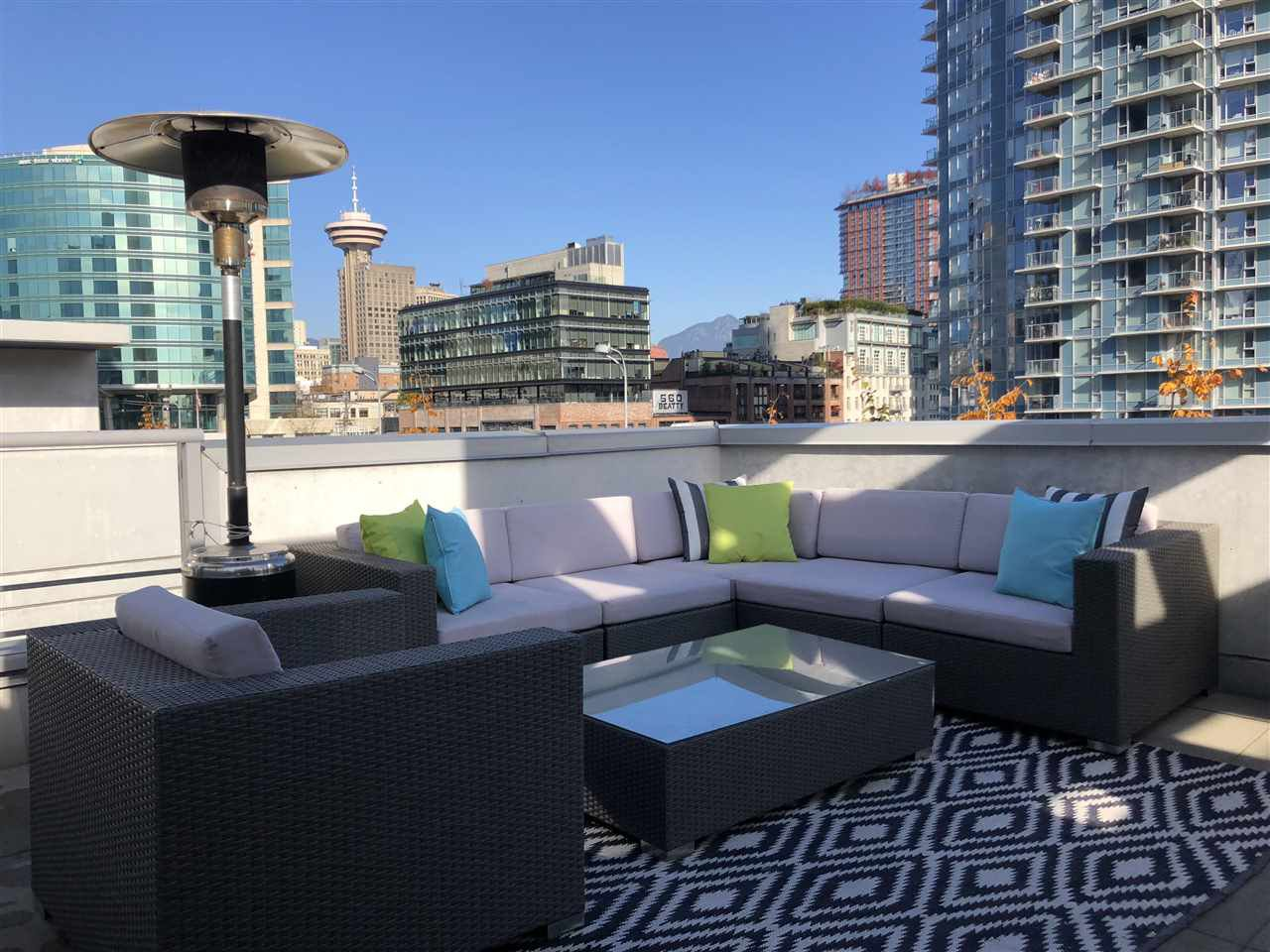 "Main Photo: 101 REGIMENT Square in Vancouver: Downtown VW Townhouse for sale in ""Spectrum"" (Vancouver West)  : MLS®# R2386608"