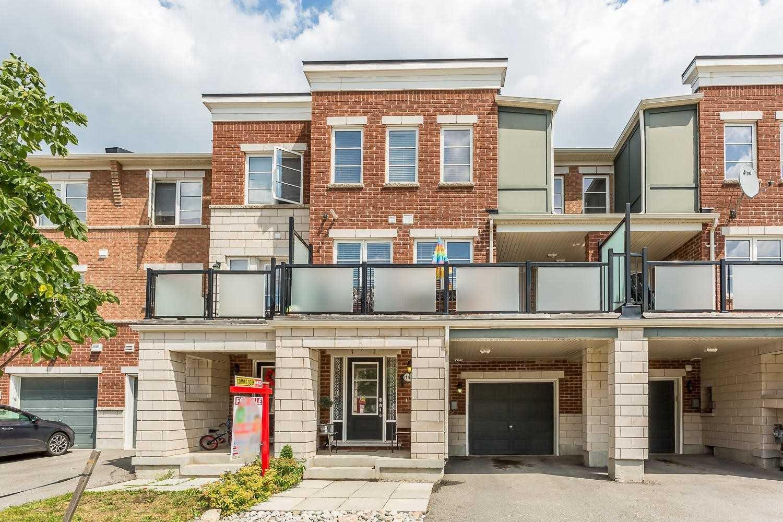 Main Photo: 144 Baycliffe Crescent in Brampton: Northwest Brampton House (3-Storey) for sale : MLS®# W4548951