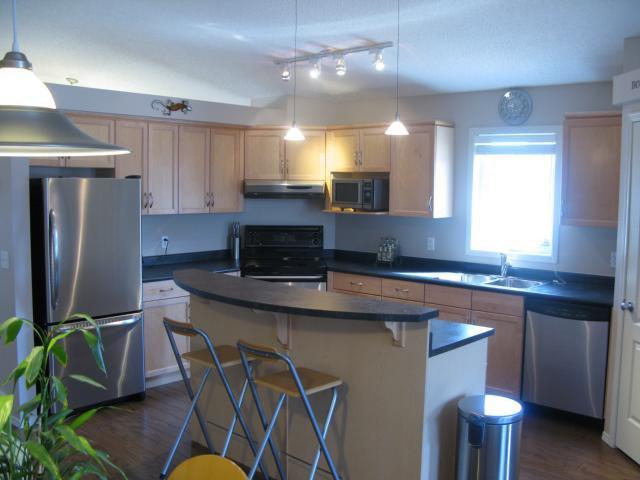 Photo 3: Photos: 68 BESSBORO Street North in WINNIPEG: Fort Garry / Whyte Ridge / St Norbert Residential for sale (South Winnipeg)  : MLS®# 1105728