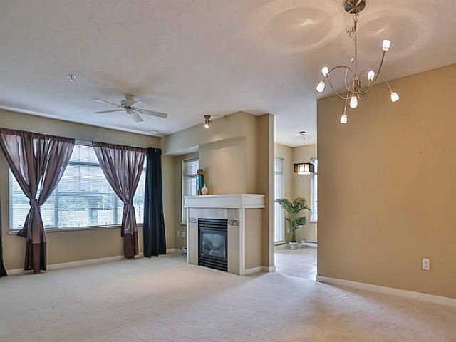 "Photo 4: Photos: 128 9288 ODLIN Road in Richmond: West Cambie Condo for sale in ""MERIDIAN GATE"" : MLS®# V1049628"