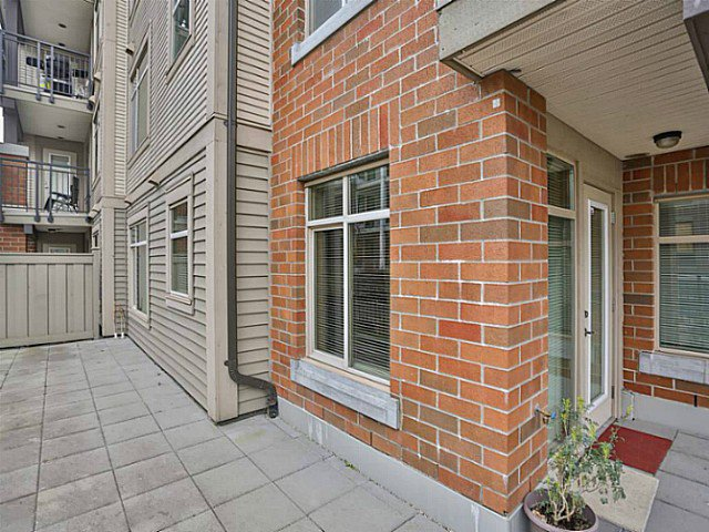 "Photo 12: Photos: 128 9288 ODLIN Road in Richmond: West Cambie Condo for sale in ""MERIDIAN GATE"" : MLS®# V1049628"