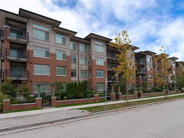 "Photo 1: Photos: 128 9288 ODLIN Road in Richmond: West Cambie Condo for sale in ""MERIDIAN GATE"" : MLS®# V1049628"