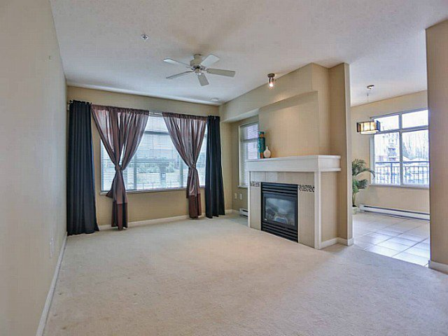 "Photo 5: Photos: 128 9288 ODLIN Road in Richmond: West Cambie Condo for sale in ""MERIDIAN GATE"" : MLS®# V1049628"