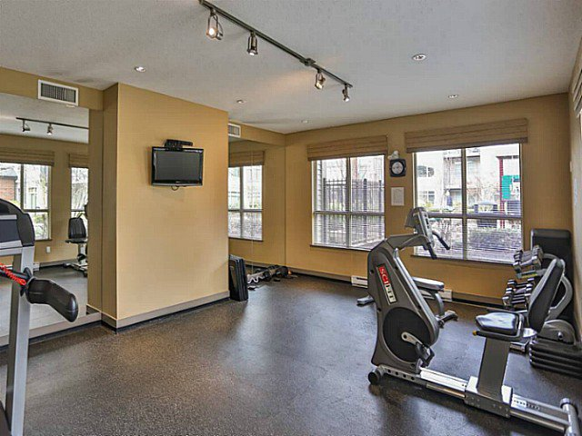"Photo 15: Photos: 128 9288 ODLIN Road in Richmond: West Cambie Condo for sale in ""MERIDIAN GATE"" : MLS®# V1049628"