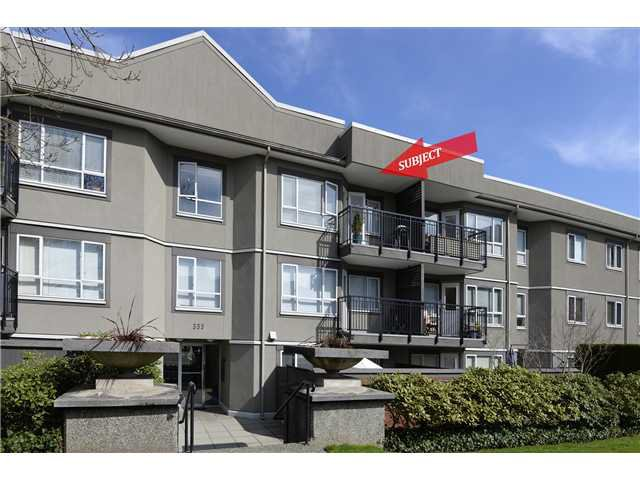 "Main Photo: 307 555 W 14TH Avenue in Vancouver: Fairview VW Condo for sale in ""CAMBRIDGE PLACE"" (Vancouver West)  : MLS®# V1055702"