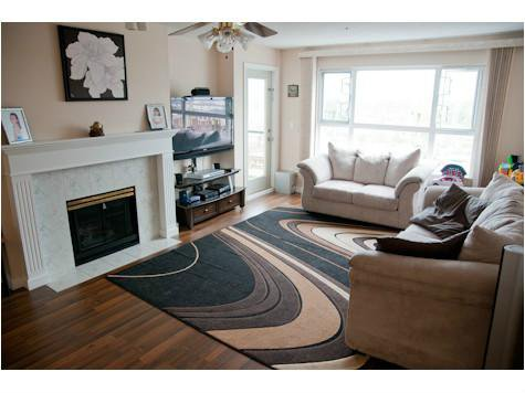 """Photo 2: Photos: 309 33165 2ND Avenue in Mission: Mission BC Condo for sale in """"MISSION MANOR"""" : MLS®# F1411336"""