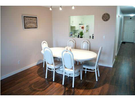 """Photo 4: Photos: 309 33165 2ND Avenue in Mission: Mission BC Condo for sale in """"MISSION MANOR"""" : MLS®# F1411336"""