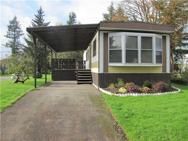 """Main Photo: 5 23141 72ND Avenue in Langley: Salmon River Manufactured Home for sale in """"Livingston"""" : MLS®# F1429787"""