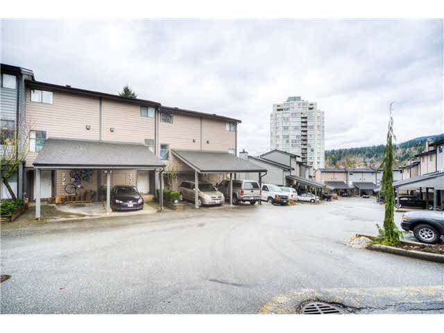 "Main Photo: 242 BALMORAL Place in Port Moody: North Shore Pt Moody Townhouse for sale in ""BALMORAL PLACE"" : MLS®# V1109528"
