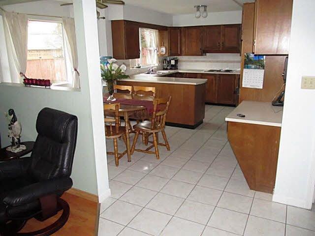 Photo 7: Photos: 9964 ASHWOOD Drive in Richmond: Garden City House for sale : MLS®# V1111431