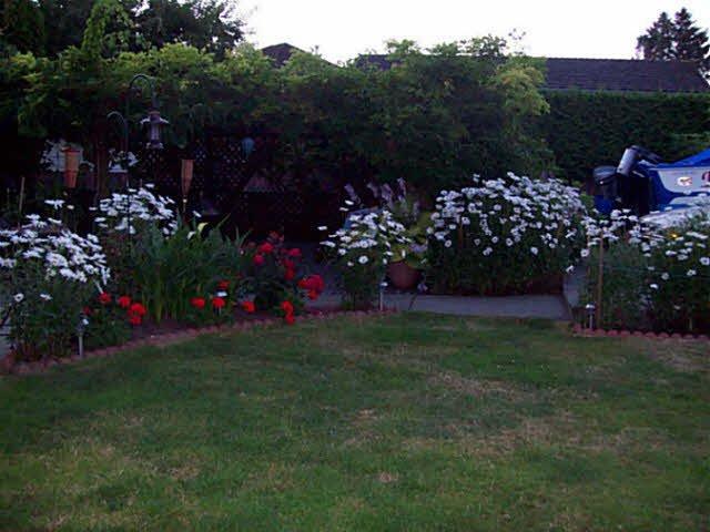 Photo 12: Photos: 9964 ASHWOOD Drive in Richmond: Garden City House for sale : MLS®# V1111431