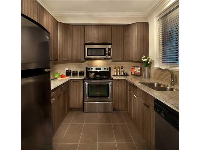 Photo 5: Photos: 204 3255 SMITH AV in PANACASA: Central Home for sale ()  : MLS®# V927193