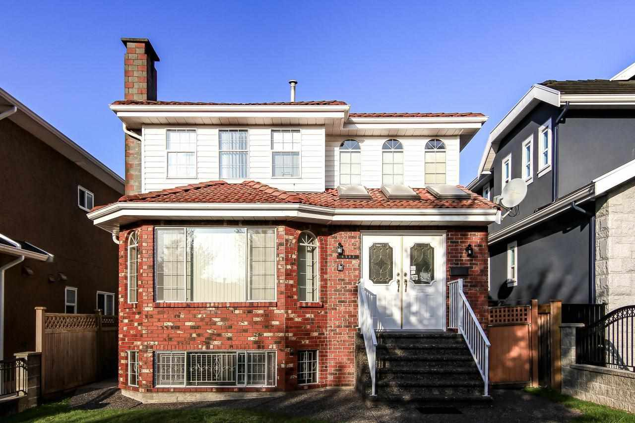 Main Photo: 6583 SHERBROOKE Street in Vancouver: South Vancouver House for sale (Vancouver East)  : MLS®# R2111969