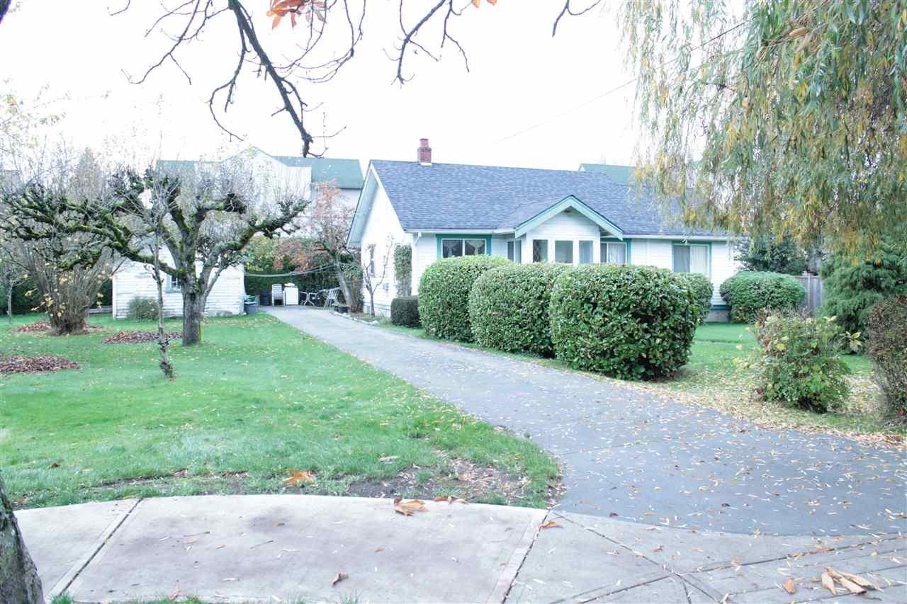 Main Photo: 4905 53 Street in Delta: Hawthorne House for sale (Ladner)  : MLS®# R2122010