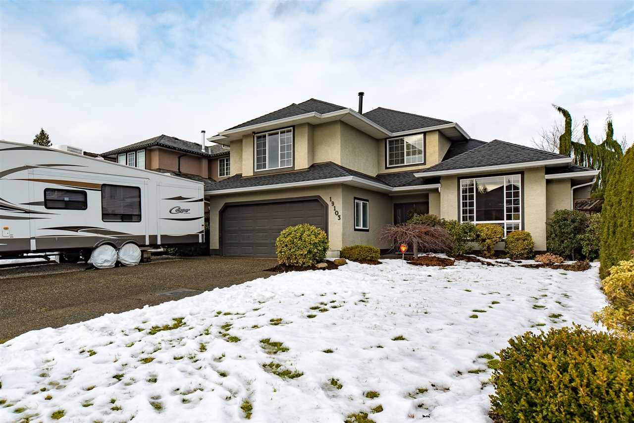 """Main Photo: 19103 63 Avenue in Surrey: Cloverdale BC House for sale in """"BAKERVIEW ESTATES"""" (Cloverdale)  : MLS®# R2129507"""