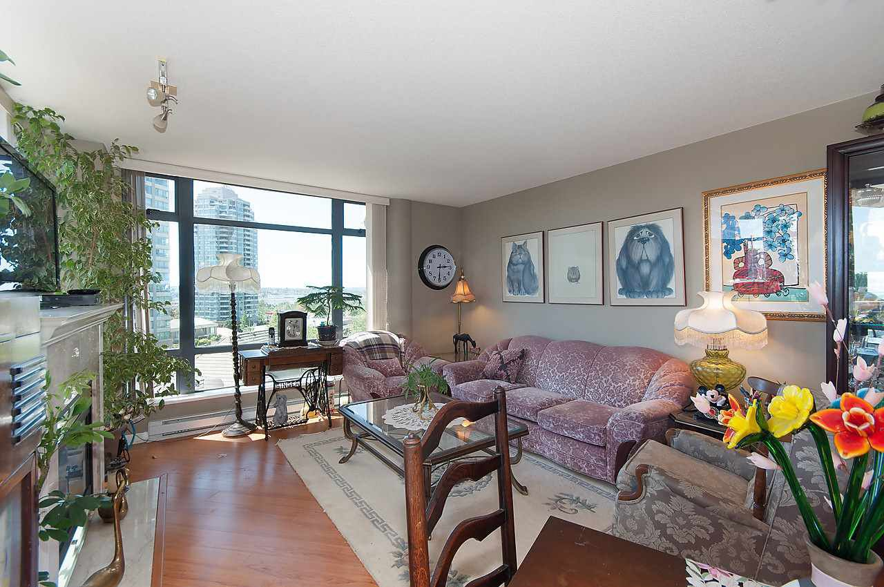 """Photo 2: Photos: 504 4425 HALIFAX Street in Burnaby: Brentwood Park Condo for sale in """"POLARIS"""" (Burnaby North)  : MLS®# R2184212"""