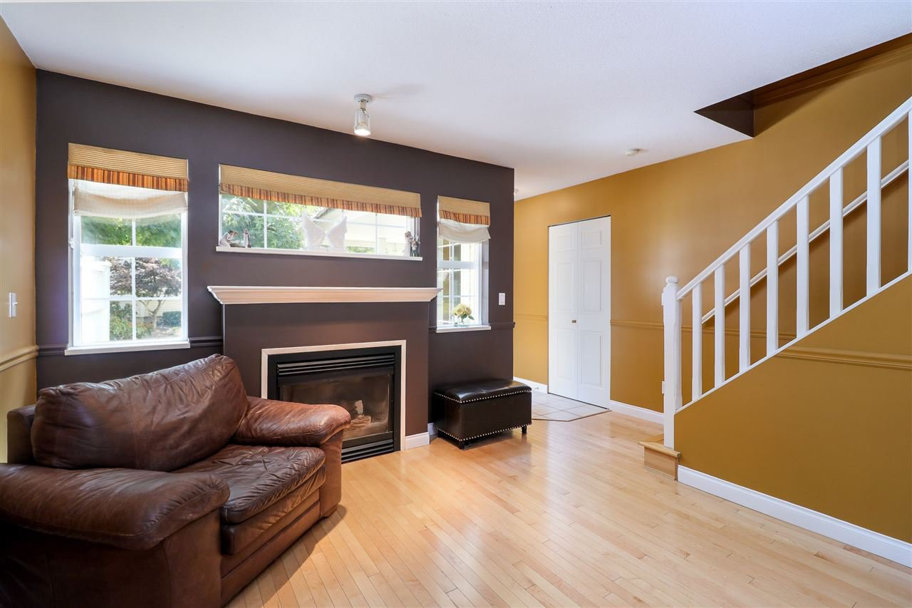"Photo 4: Photos: 60 11355 236 Street in Maple Ridge: Cottonwood MR Townhouse for sale in ""Robertson Ridge"" : MLS®# R2197004"
