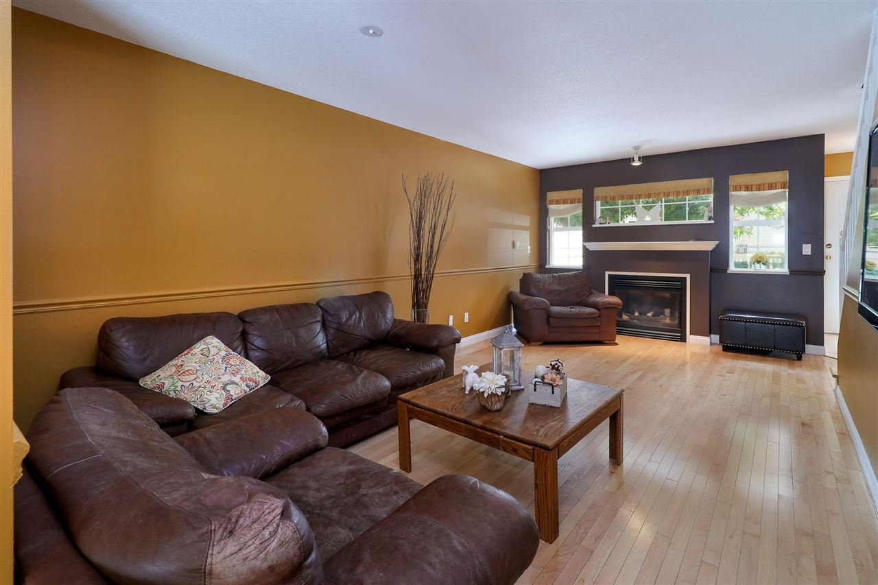"Photo 6: Photos: 60 11355 236 Street in Maple Ridge: Cottonwood MR Townhouse for sale in ""Robertson Ridge"" : MLS®# R2197004"