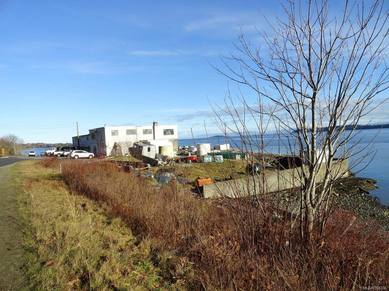 Main Photo: 5848 Island Hwy in UNION BAY: CV Union Bay/Fanny Bay Business for sale (Comox Valley)  : MLS®# 768006
