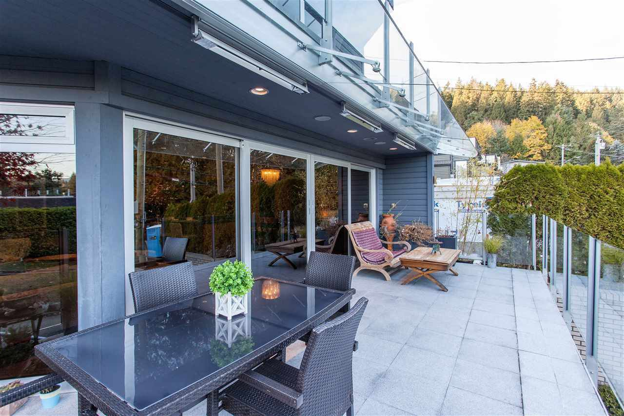 Photo 3: Photos: 2355 PANORAMA Drive in North Vancouver: Deep Cove House for sale : MLS®# R2220333