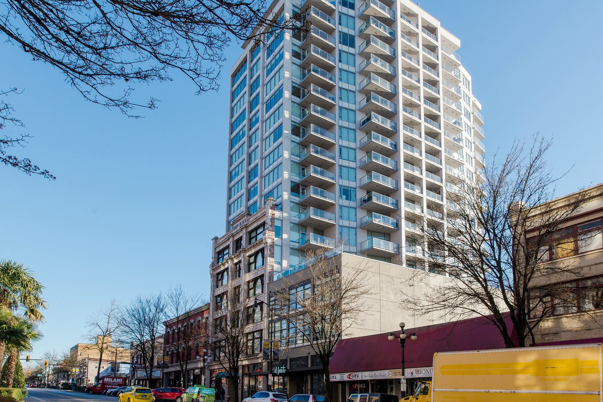 """Main Photo: 1008 668 COLUMBIA Street in New Westminster: Quay Condo for sale in """"Trapp & Holbrook"""" : MLS®# R2226399"""