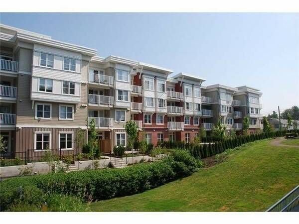 "Main Photo: 106 12283 224 Street in Maple Ridge: West Central Condo for sale in ""THE MAXX"" : MLS®# R2245709"