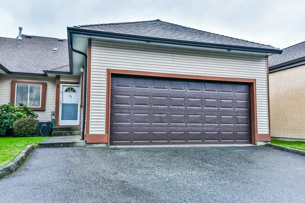 "Main Photo: 33 23151 HANEY Bypass in Maple Ridge: East Central Townhouse for sale in ""Stonehouse Estates"" : MLS®# R2247283"