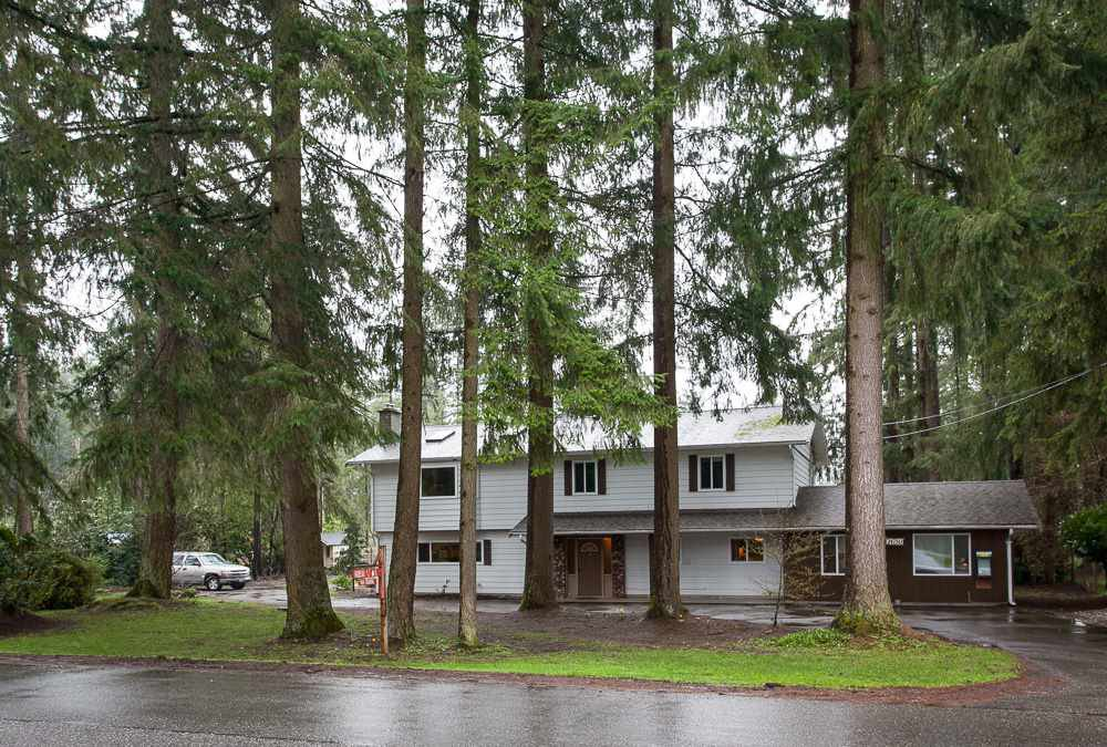 "Main Photo: 24750 54 Avenue in Langley: Salmon River House for sale in ""Otter"" : MLS®# R2252430"