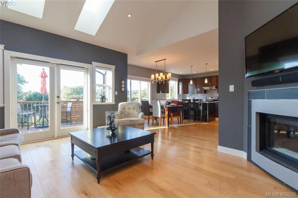 Main Photo: B 1145 Verdier Ave in BRENTWOOD BAY: CS Brentwood Bay Half Duplex for sale (Central Saanich)  : MLS®# 798147