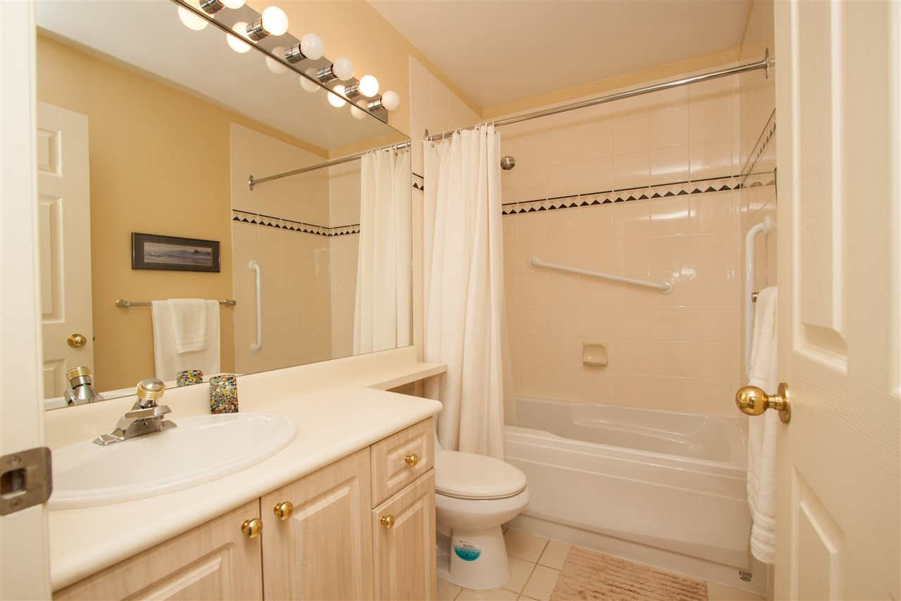 """Photo 13: Photos: 219 630 ROCHE Point in North Vancouver: Roche Point Condo for sale in """"LEGENDS AT RAVENWOODS"""" : MLS®# R2333142"""
