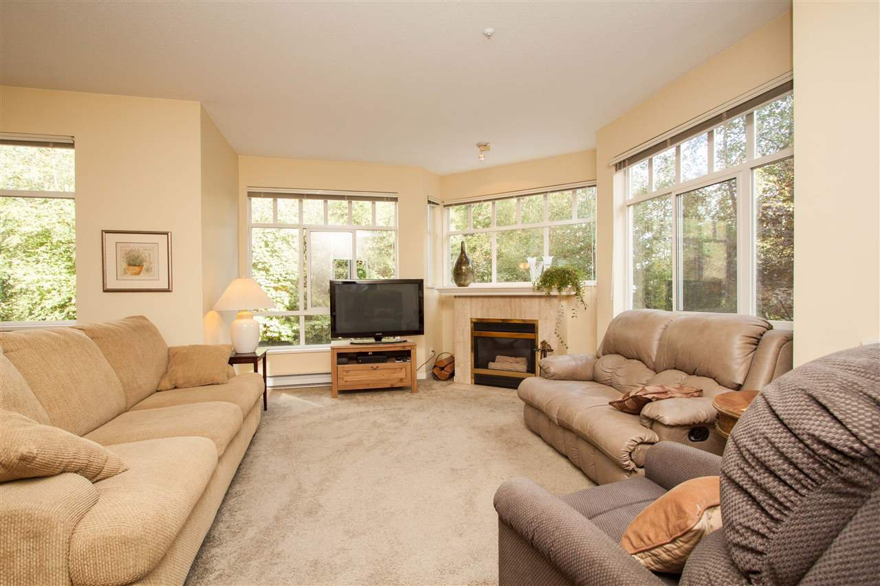 """Photo 3: Photos: 219 630 ROCHE Point in North Vancouver: Roche Point Condo for sale in """"LEGENDS AT RAVENWOODS"""" : MLS®# R2333142"""