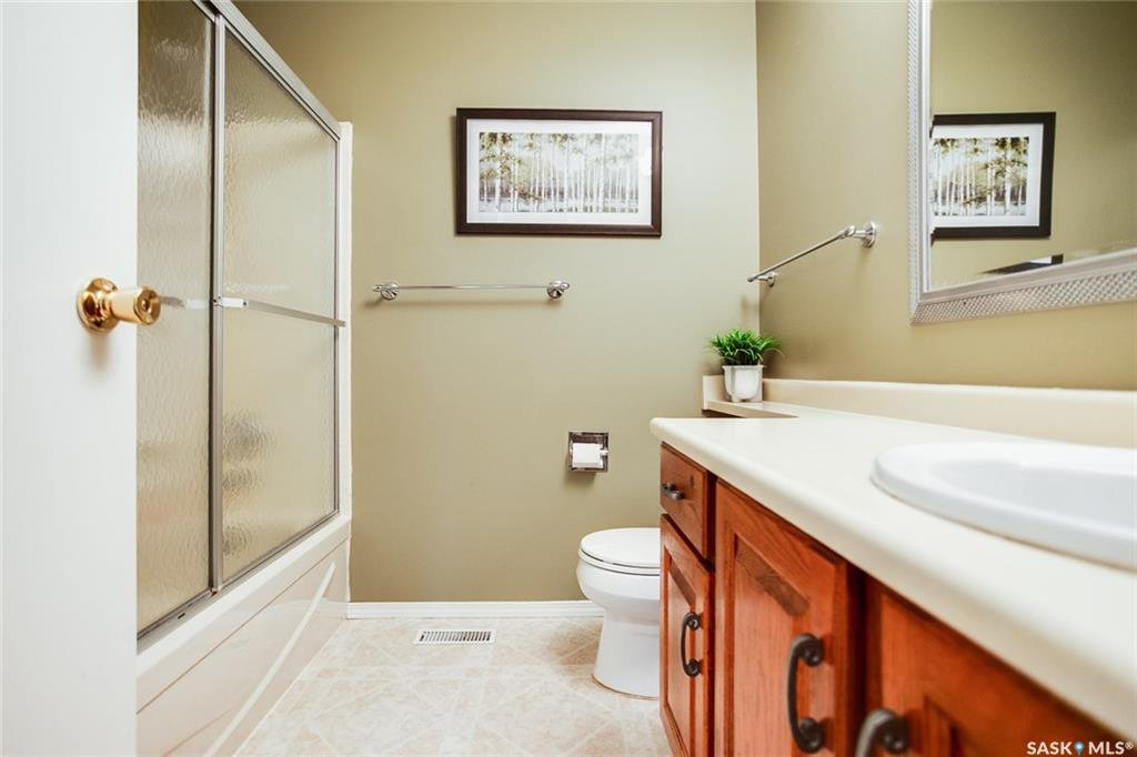 Photo 13: Photos: 323 Addie Crescent in Saskatoon: Forest Grove Residential for sale : MLS®# SK767465
