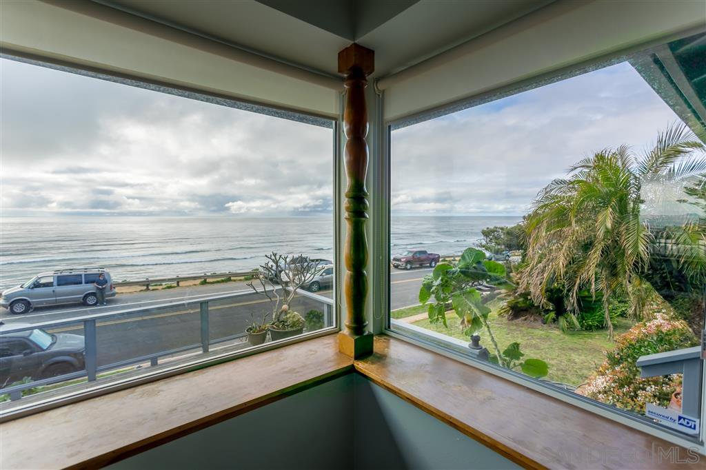Main Photo: POINT LOMA House for sale : 4 bedrooms : 755 Sunset Cliffs Blvd in San Diego
