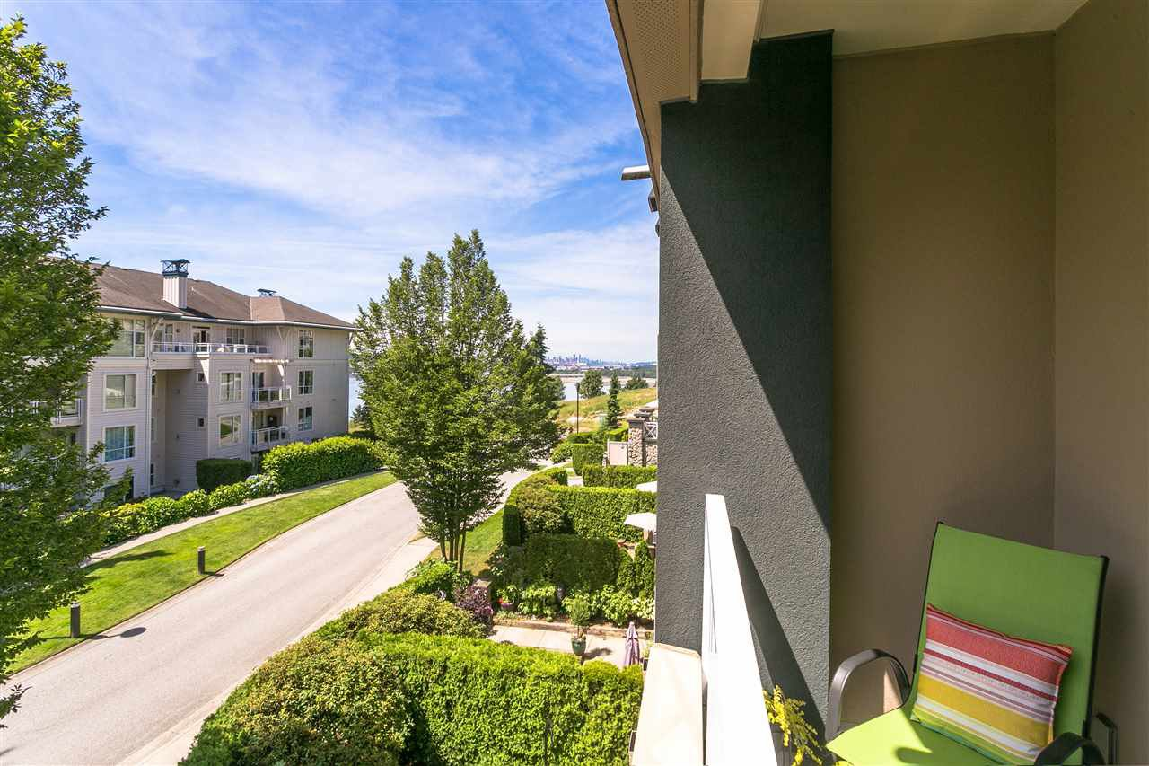 """Photo 14: Photos: 307 3600 WINDCREST Drive in North Vancouver: Roche Point Condo for sale in """"WINDSONG AT RAVENWOODS"""" : MLS®# R2381678"""