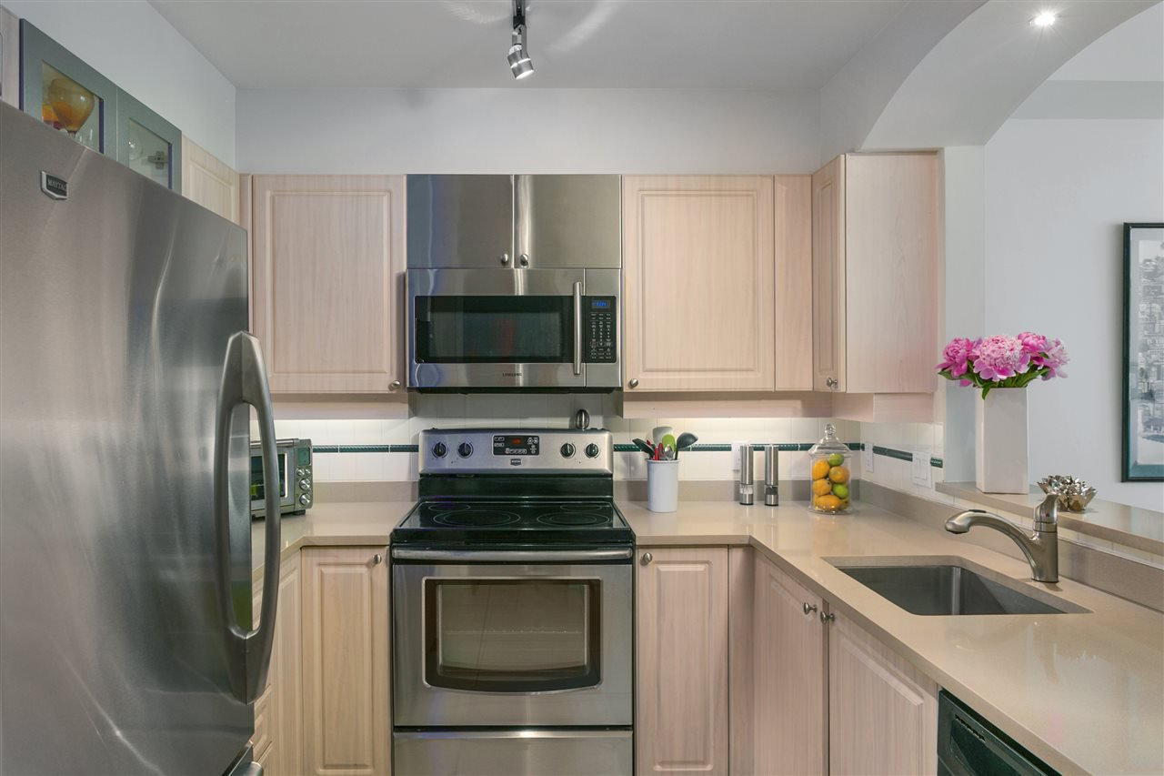 """Photo 10: Photos: 307 3600 WINDCREST Drive in North Vancouver: Roche Point Condo for sale in """"WINDSONG AT RAVENWOODS"""" : MLS®# R2381678"""
