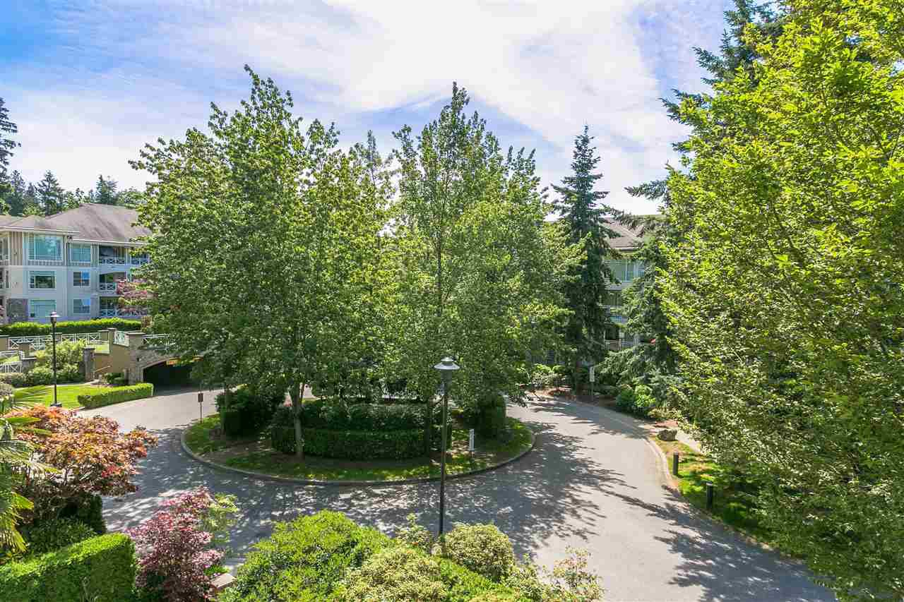 """Photo 17: Photos: 307 3600 WINDCREST Drive in North Vancouver: Roche Point Condo for sale in """"WINDSONG AT RAVENWOODS"""" : MLS®# R2381678"""
