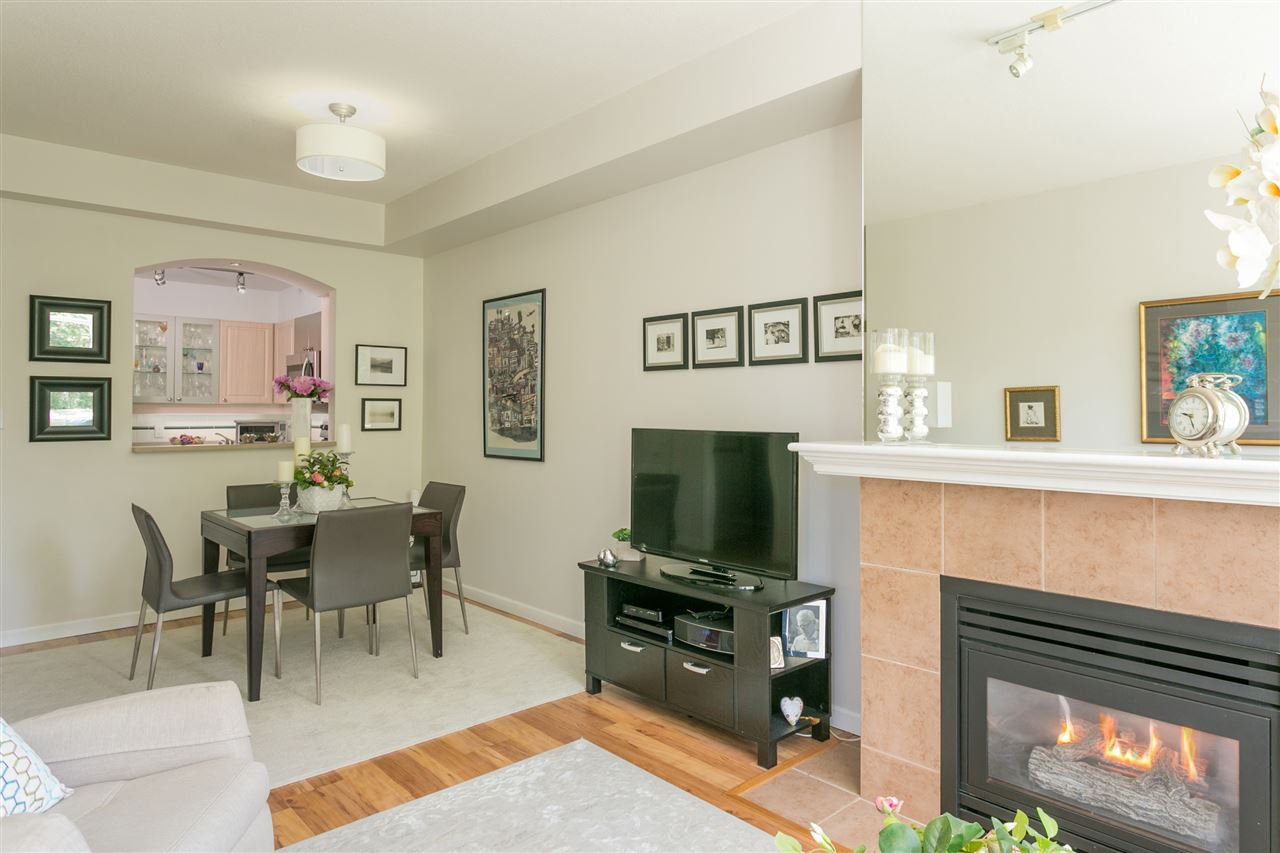 """Photo 5: Photos: 307 3600 WINDCREST Drive in North Vancouver: Roche Point Condo for sale in """"WINDSONG AT RAVENWOODS"""" : MLS®# R2381678"""