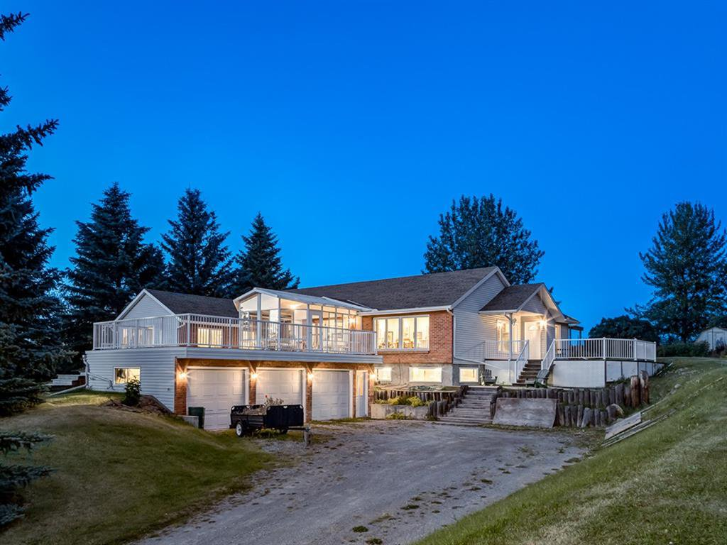 Main Photo: 100 242098 White Post Lane W: Rural Foothills County Detached for sale : MLS®# A1019059