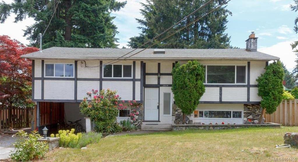 Main Photo: 2859 Churchwood Pl in : La Glen Lake House for sale (Langford)  : MLS®# 851155