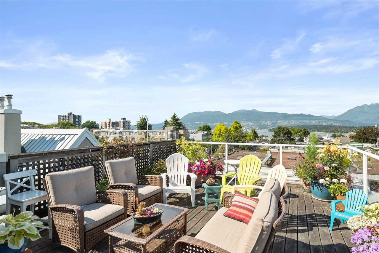 Main Photo: 305 2195 W 5TH AVENUE in : Kitsilano Condo for sale : MLS®# R2489507