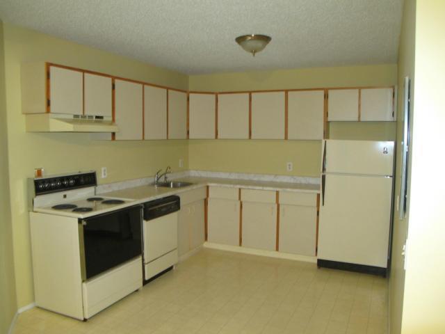 Photo 6: Photos:  in WINNIPEG: Transcona Condominium for sale (North East Winnipeg)  : MLS®# 1118439