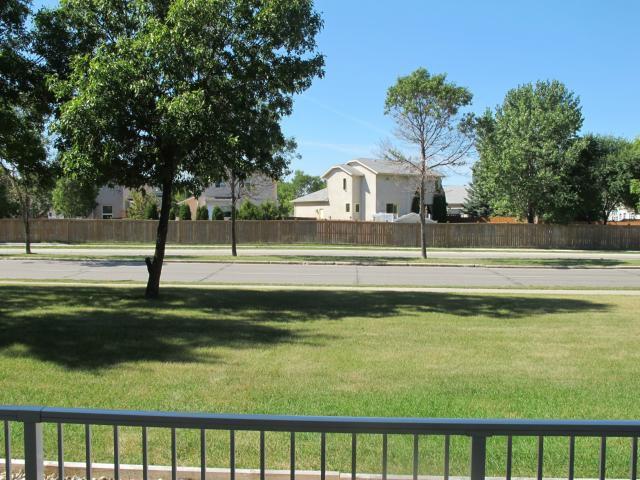 Photo 4: Photos:  in WINNIPEG: Transcona Condominium for sale (North East Winnipeg)  : MLS®# 1118439