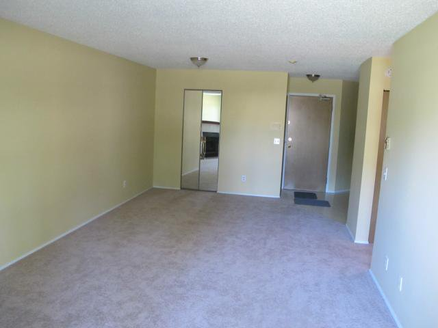 Photo 8: Photos:  in WINNIPEG: Transcona Condominium for sale (North East Winnipeg)  : MLS®# 1118439