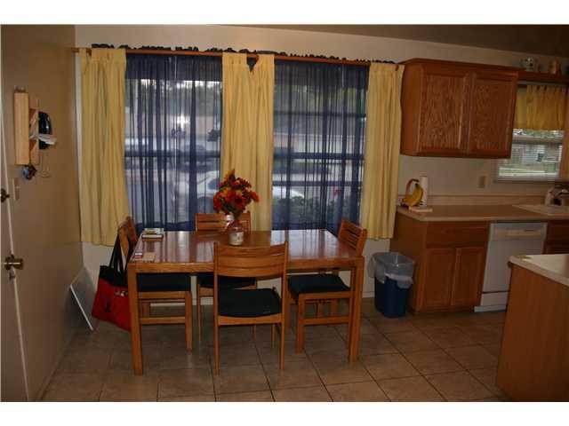 Photo 5: Photos: LA MESA House for sale : 3 bedrooms : 6315 Meadowcrest Drive